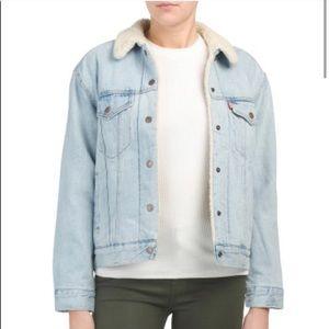 NWT Levi's Sherpa Lined Ex-Boyfriend Denim Jacket